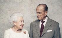 Britu karaliskā pāra kāzu jubilejā publiskoti skaisti foto