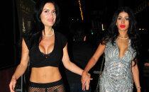 'Playboy' zaķa uzdrīkstēšanās: uz pasākumu ierodas vienās tīkliņbiksēs