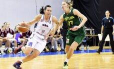 Latvijas sieviešu basketbola izlase Zībarta debijas mačā grūtā cīņā uzvar Lietuvu