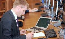 VK Sprūdža vadītajai ministrijai pārmet dārgas 'Apple' tehnikas iegādi