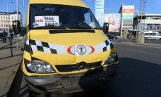 В центре Риги столкнулись три маршрутки: пострадали семь человек