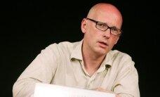 Херманис ушел из Гамбургского театра, протестуя против поддержки Германией беженцев