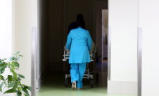Saziedoti 10 000 eiro nedziedināma vēža slimnieka eitanāzijai Šveicē