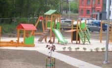 Atbalsta iespēju Rīgā deklarētiem vecākiem atzīmēt, ka nevēlas bērnu skolot pašvaldības bērnudārzā