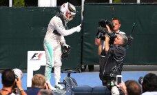 Hamiltons triumfē arī Kanādas 'Grand Prix' sacensībās