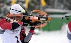 Latvijas biatlonists Rastorgujevs 15. vietā iedzīšanā starptautiskās sacensībās Kamčatkā