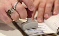Saeima 'referenduma likumu' uzskata par Satversmei atbilstošu un lūdz lietu izbeigt