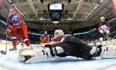 Latvijas U-18 hokejisti pēc graujoša zaudējuma cīnīsies par vietas saglabāšanu elitē