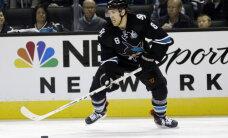 'Sharks' pagarina līgumu ar vienu no komandas līderiem Pavelski