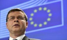 EK ir gatava turpināt sarunas ar Grieķiju; izeja no krīzes nebūs viegla, atzīst Dombrovskis