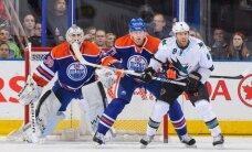 'Oilers' vārtsargs Skrīvenss atvaira 59 metienus un iekļūst NHL vēsturē
