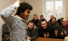 Aijo zaudē brīvību, augstu vērtē Latvijas hokejistus, Krima bez ūdens