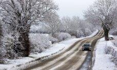 Kurzemi sasniedz lieli sniega mākoņi; snigs arī trešdien