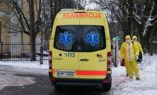 Foto: Ebola, aizsargtērpi, panika – Latvijas mediķi mācās ļaunākajam