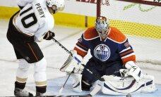 Perijs, Daniels Sedins un Senluiss pretendē uz NHL vērtīgākā spēlētāja balvu