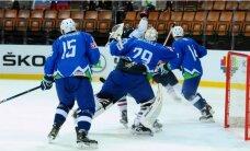 Slovēnijas hokejisti cīņā par vietu PČ elitē sagrauj Koreju