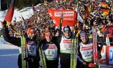 Vācijas biatlonistiem uzvara Pasaules kausa posma stafetes sacensībās