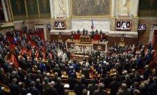 Парламент Франции принял резолюцию о снятии санкций против России