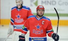 Radulovs vēl nepievienojas Krievijas izlasei; veic pārrunas ar NHL klubiem