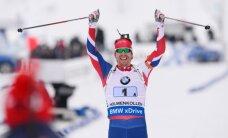 Latvijas biatlonistiem pēdējā vieta pasaules čempionāta stafetē; triumfē Norvēģija