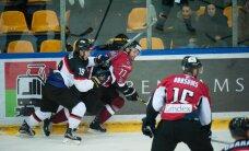 Latvijas hokeja izlase ar lielām grūtībām pieveic Japānu