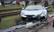 Top 10 video izlase: Kad bagātnieki sadauza dārgas automašīnas