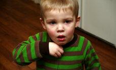 Pērn Latvijā turpinājies garā klepus uzliesmojums; lielākā daļa saslimušo bērni