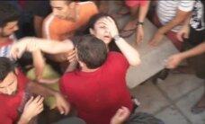 Video: Grieķijas salas pārpludina bēgļi; Kosā izceļas kautiņi