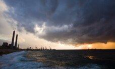 Izraēlas spēki ieņem humānās palīdzības kuģus, kas mēģināja lauzt Gazas joslas blokādi