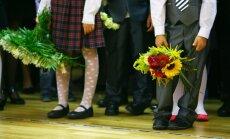 Pirmajā skolas dienā puķes pērk maz, secina tirgotāji