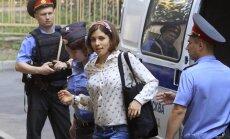 Prokurors 'Pussy Riot' dalībniecēm pieprasa trīs gadu cietumsodu