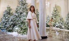 Foto: Kā Trampi pošas saviem pirmajiem Ziemassvētkiem Baltajā namā