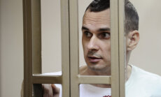 Lietuvas Seims aicina Putinu atbrīvot Sencovu un citus politieslodzītos