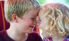 Kāpēc vecākajiem bērniem nevajadzētu būt auklēm jaunākajiem brāļiem un māsām