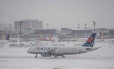 Stambulas sniega vētru dēļ ceļotāji no Latvijas 'iesprūduši' Āzijā