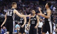 Bertānam pieticīgs spēles laiks 'Spurs' zaudējumā pret 'Clippers'