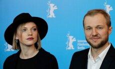 Latviešu kino triumfs Berlinālē. Filma 'Es esmu šeit' saņēmusi 'Kristāla lāci'