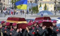 Krievu karavīri katru dienu Ukrainā nogalina nevainīgus cilvēkus, ziņo Polijas aizsardzības ministrs