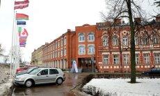 Divus mēnešus pirms vēlēšanām sāk kriminālprocesu par Daugavpilī noslepkavotā Ņemcova kukuļošanu