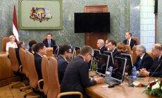 Большая часть жителей Латвии не в курсе, что происходит в коридорах власти