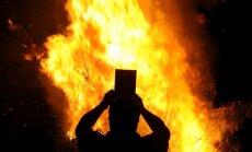 Dedzināt! 5 grāmatas, kas sadusmoja radikālos pašmāju kristiešus