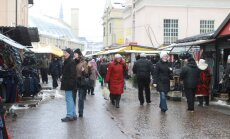 'Forbes' apskatnieks pierāda Latvijas taupības ceļa neveiksmi, salīdzinot makroekonomikas rādītājus ar Krieviju