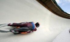 Kamaniņu braucēji Šici izcīna piekto vietu Pasaules kausa sprinta sacensībās