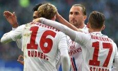 Rudņevs ar gūtiem vārtiem un aktīvu spēli sekmē HSV uzvaru