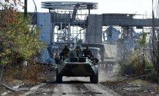 Luhanskā no Krievijas iebraukusi kolonna ar 12 tankiem un 48 bruņutransportieriem