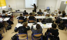 Израильским школьникам задали задание написать письмо Гитлеру