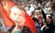 Vairāk nekā puse Krievijas iedzīvotāju Staļinu uzskata par 'gudru vadītāju', liecina aptauja