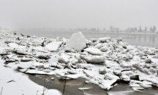 Ūdens līmenis Daugavā Daugavpils apkaimē atkal sāk celties