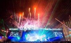 Foto: Ar iespaidīgu uguņošanu un svētku festivālu Somijā sākusies valsts simtgade