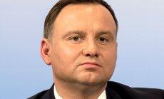Polijas prezidents tomēr pieļauj sadarbību ar Tusku